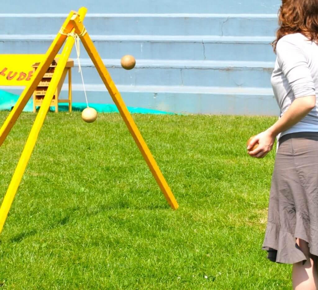 boule-pendante jeu de lancer traditionnel