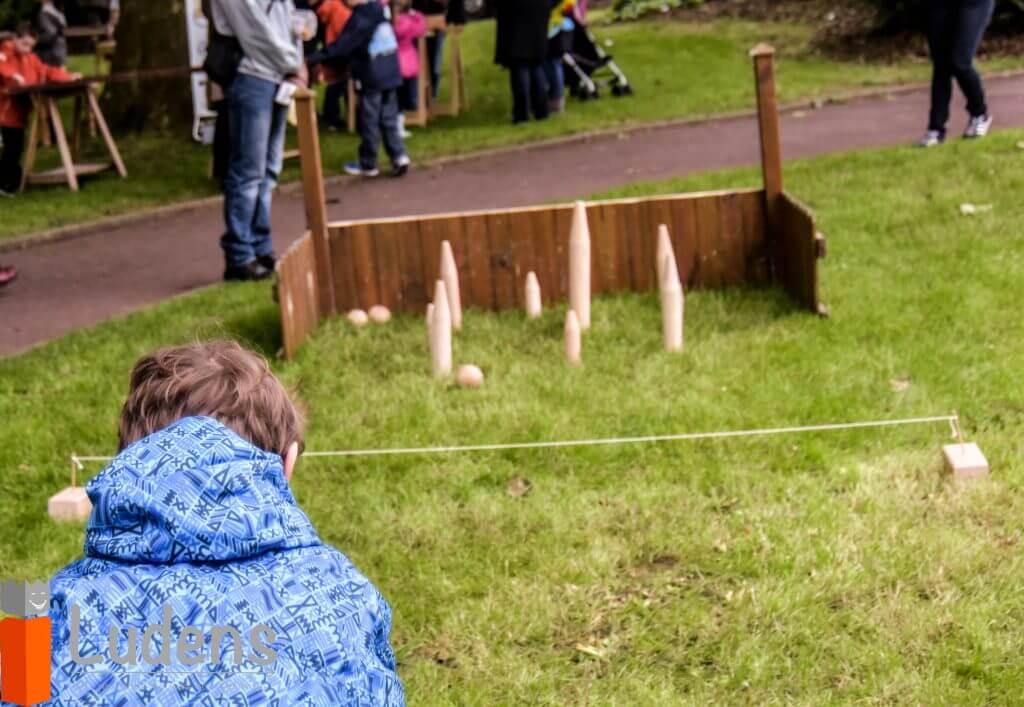 jeu de lancer traditionnel en bois