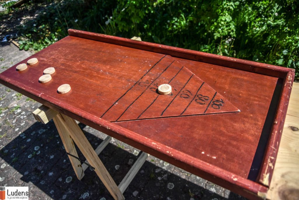 triangle des Bermudes jeu en bois traditionnel